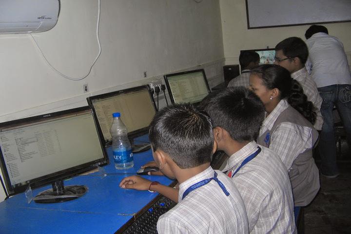 Mumbai Utkal English High School-Computer Lab