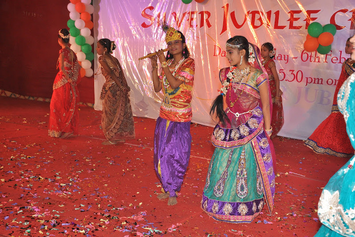 Mumbai Utkal English High School-Janmastra Festival