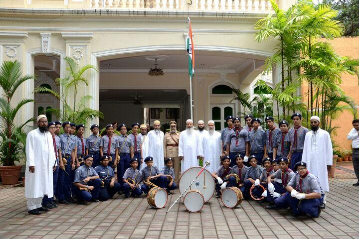 Saifi High School-Flag Hosting
