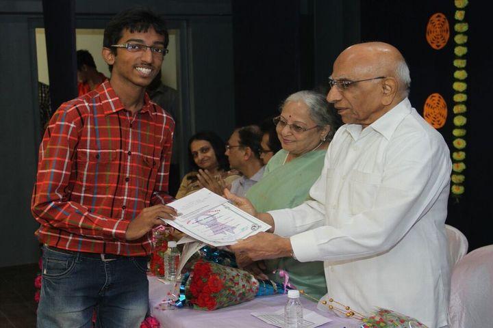 MP Shah English High School-Prize Distribution