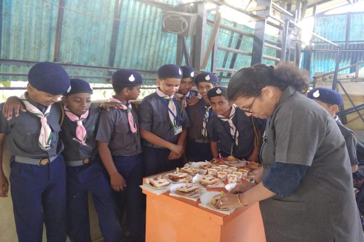 Dnyanweshwari Vidyalaya English Medium School-Cooking Class