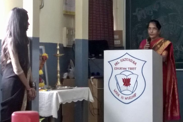 Pal Dharmendra Hindi High Schooll-Teachers Day