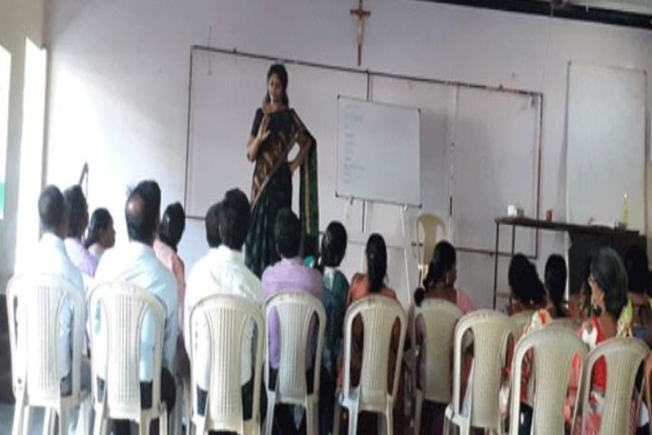 Annai Veilankannis Matric Higher Secondary School-Orientation Program
