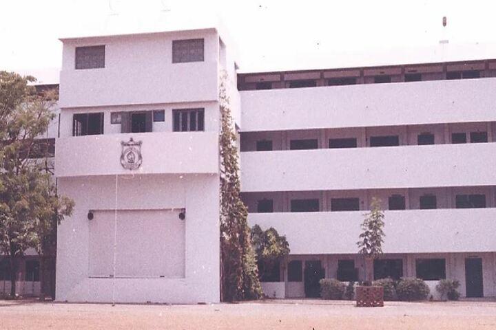 AV Meiyappan Matriculation Higher Secondary School-Campus Building