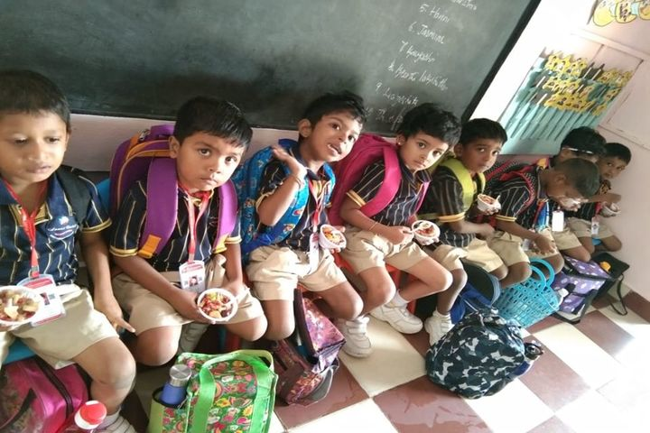 Annai Violet Matriculation School and Higher Secondary School-Fruits Day