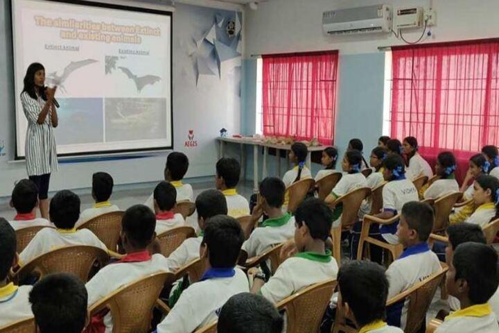 Vidya Matric Higher Seconday School-Digital Classroom