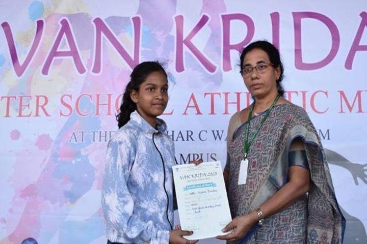 Vana Vani Matriculation Higher Secondary School-Athletic Meet