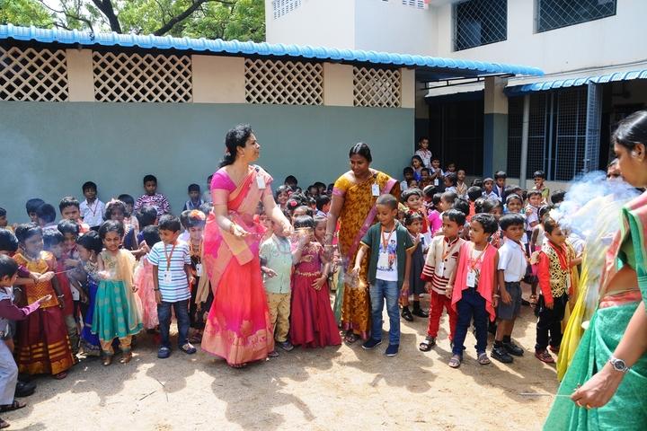 Valliammal Matriculation Higher Secondary School-Students