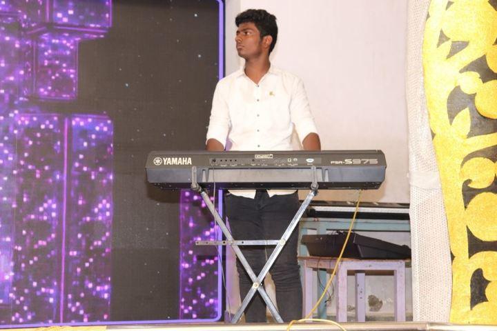 Daniel Thomas Matriculation Higher Secondary School-Music