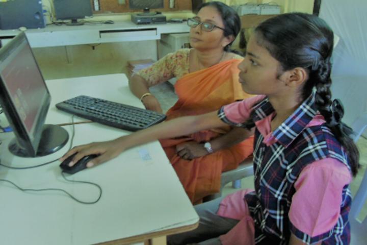 Green Valley Matriculation School-IT Lab