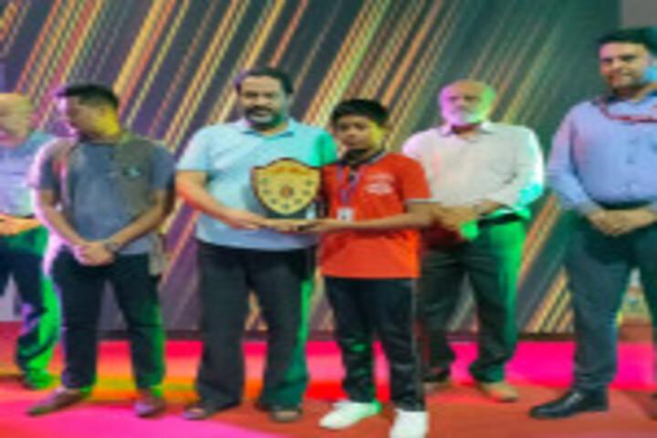 Shri A Ganesan Matriculation Higher Secondary School-Award Distribution