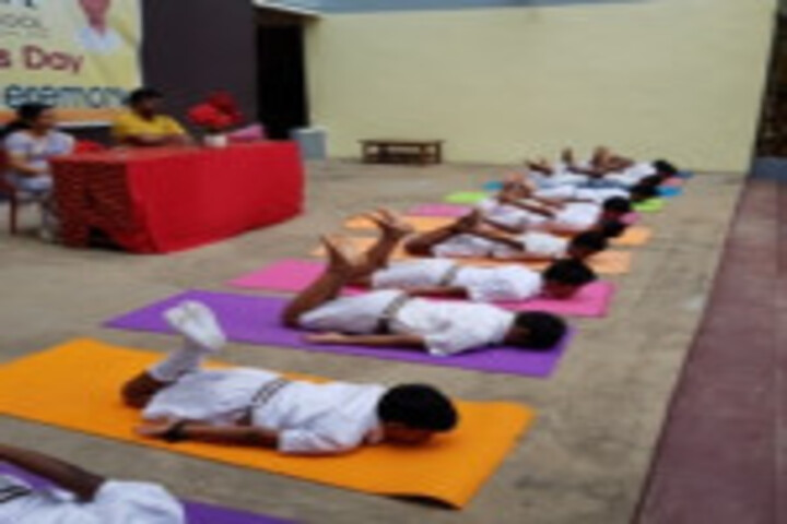 Shri A Ganesan Matriculation Higher Secondary School-Yoga
