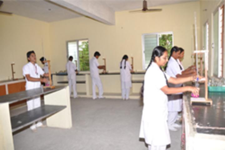 MKM Matriculation High Secondary School-Chemistry Lab