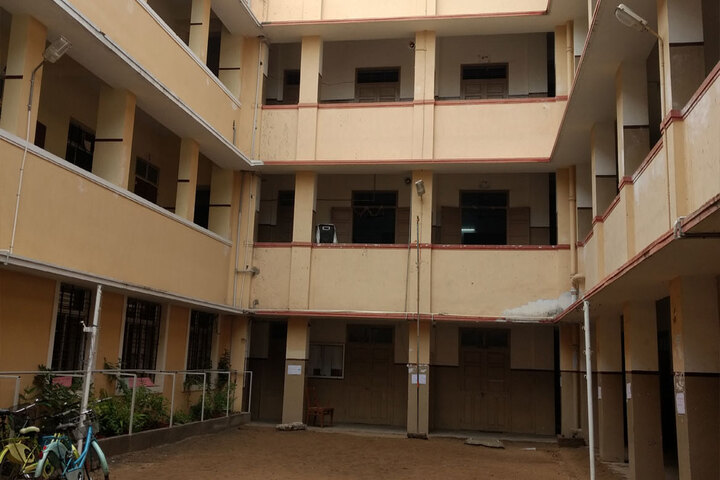 Moongibai Goenka Girls Higher Secondary School-Campus View