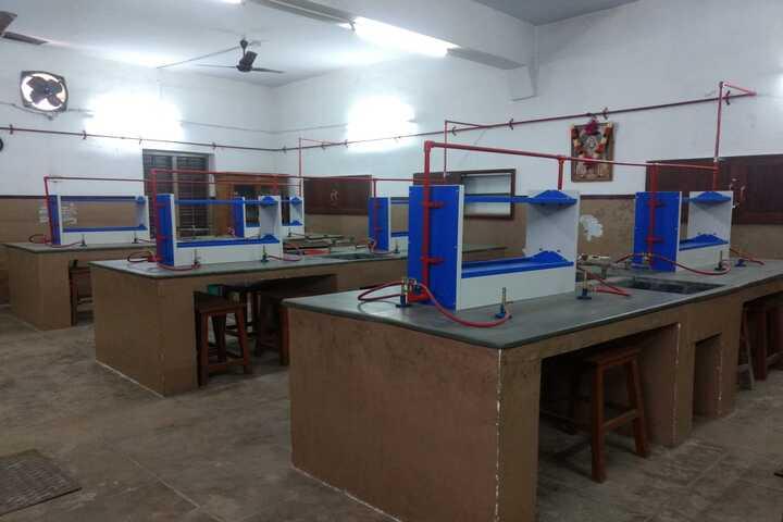 Moongibai Goenka Girls Higher Secondary School-Chemistry Lab