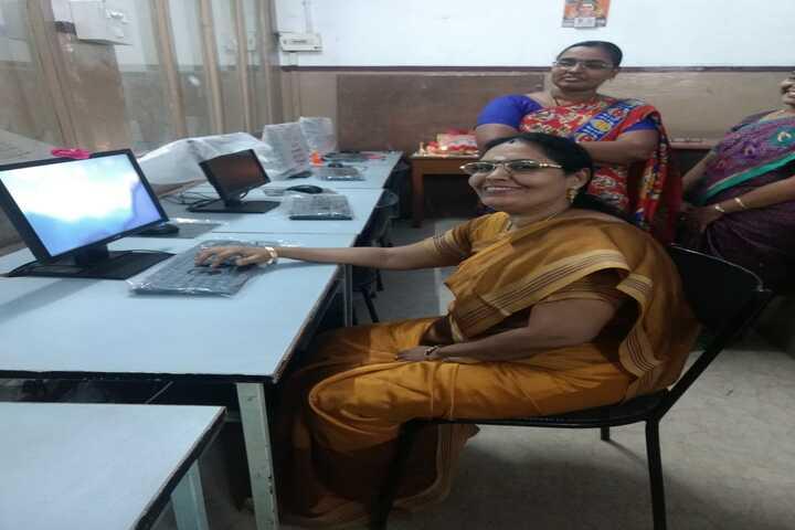 Moongibai Goenka Girls Higher Secondary School-IT Lab