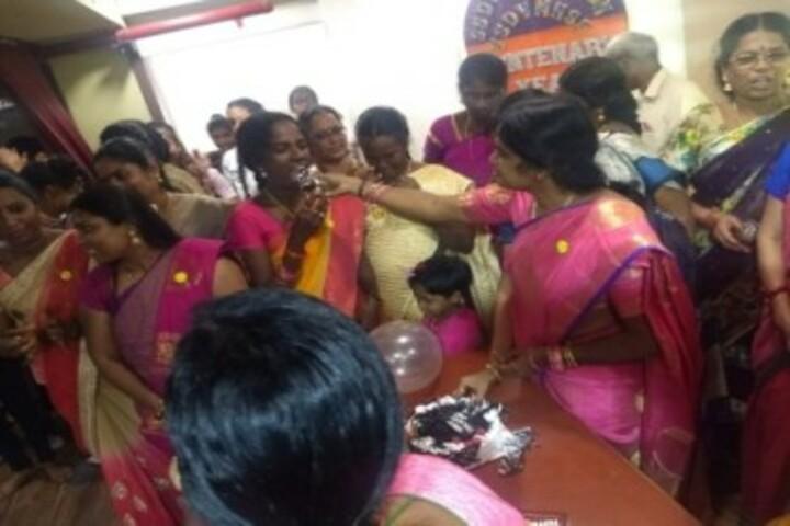 Shri Sanatana Dharma Vidyalaya Matriculation Higher Secondary School-Teachers Day