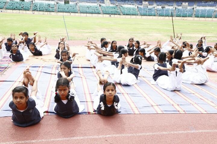 Shri Sanatana Dharma Vidyalaya Matriculation Higher Secondary School-Yoga Day