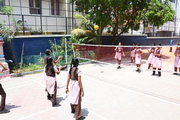 Sindhi Model Matriculation Higher Secondary School-Play Area