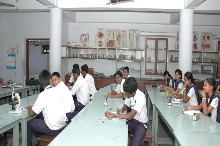 P S Matriculation Higher Secondary School-Biology Lab