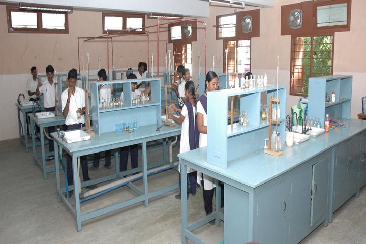 P S Matriculation Higher Secondary School-Chemistry Lab