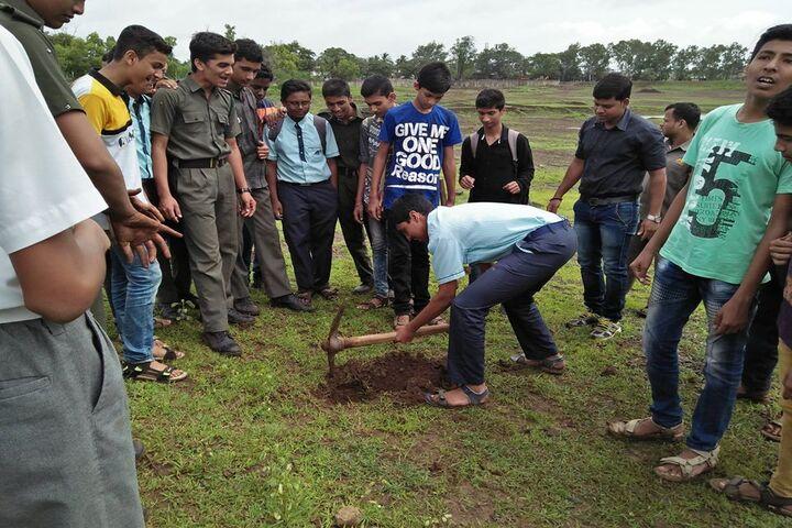 Mahaveer English School-Tree Plantation