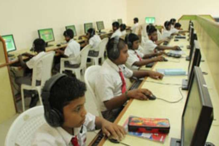 Shanti English Medium School and Shanti Junior College Of Science-Computer Lab