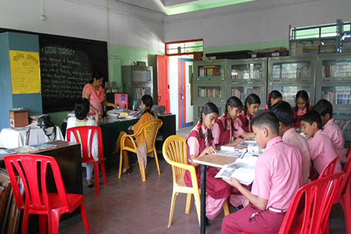 Deolali High School-Library