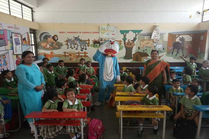 Dr Karkasaheb Deodhar English Medium School-Classroom