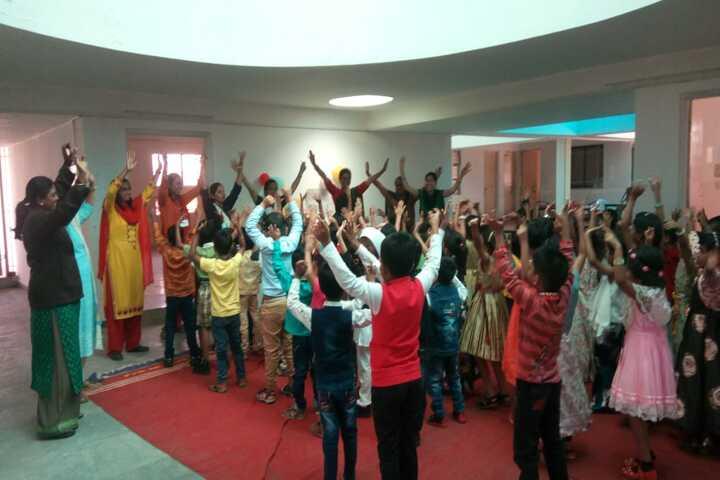 Dr Karkasaheb Deodhar English Medium School-Dance Room