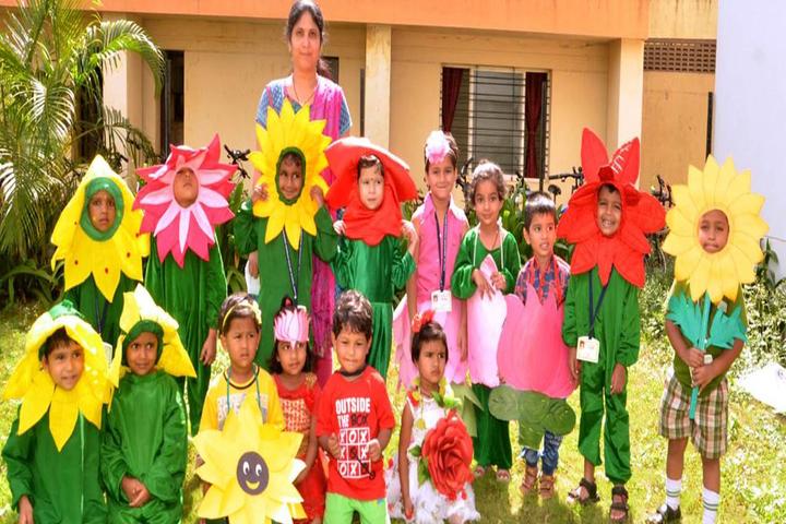 Dr Karkasaheb Deodhar English Medium School-Fancy Dress