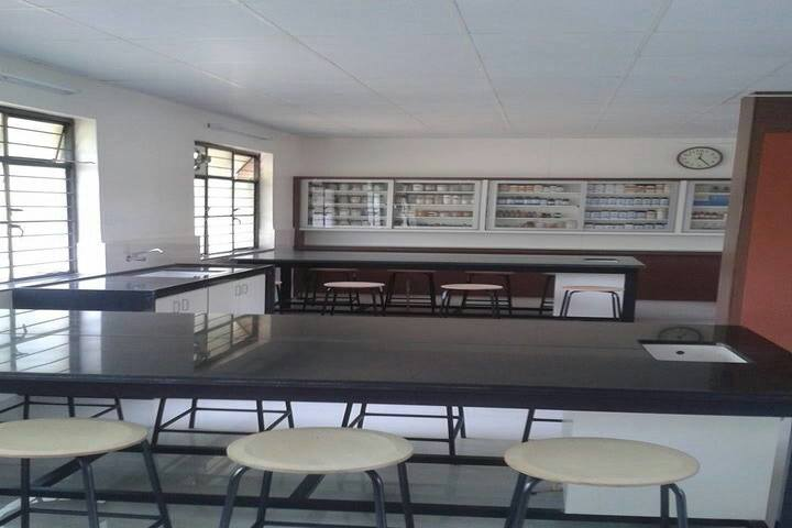 KK Wagh Secondary School and Junior College-Chemistry Lab