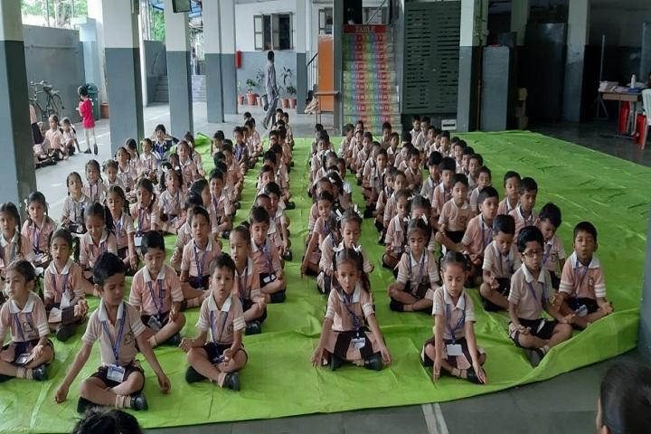 LH Boghra School-Yoga