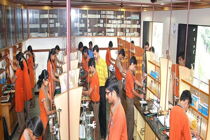 Expert Pre-University College-Laboratory