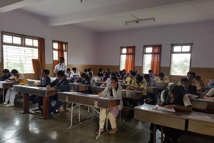 Sri Ramakrishna Vidyashala-Class