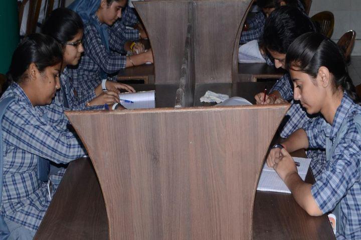 Shiksha Niketan Senior Secondary School-Library