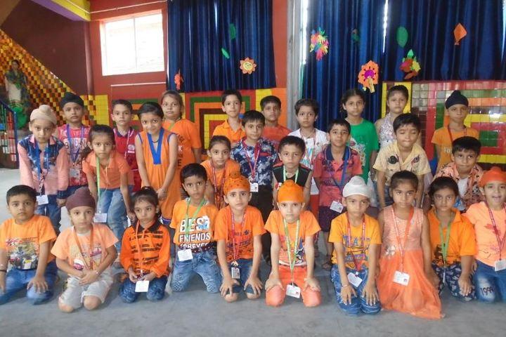 Shiksha Niketan Senior Secondary School-Students