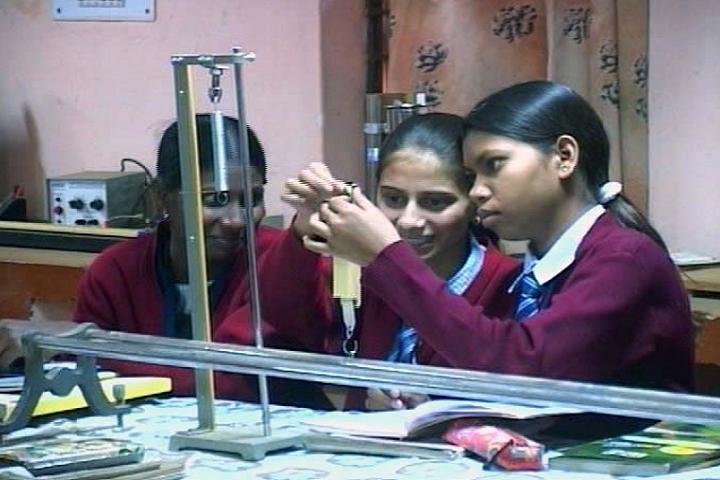 Jawahar Navodaya Vidyalaya-Physic Lab