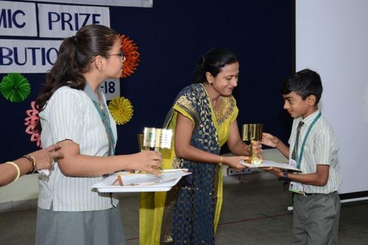 Navrachana Vidyani Vidualaya School-Awards