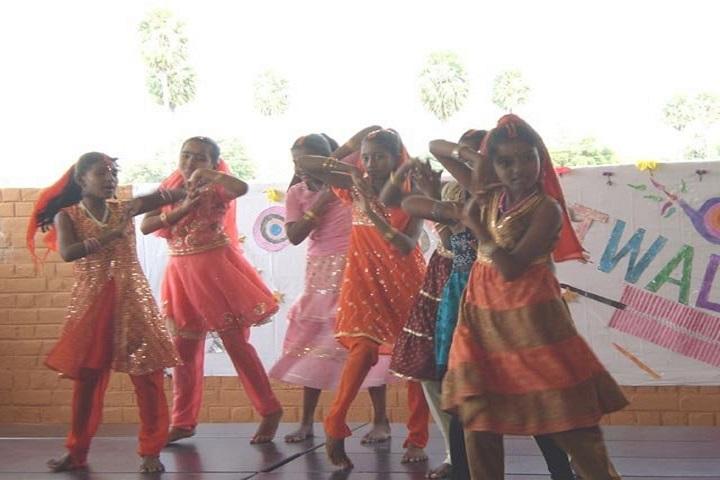 Isha Vidhya Matriculation Higher Secondary School-Dance