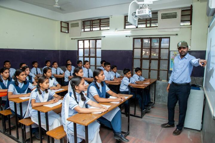 Apex Senior Secondary School-Classroom