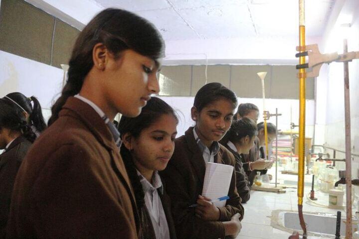 Maharishi Gautam Senior Secondary School-Chemistry-Lab