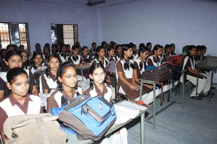 Maharishi Gautam Senior Secondary School-Classroom