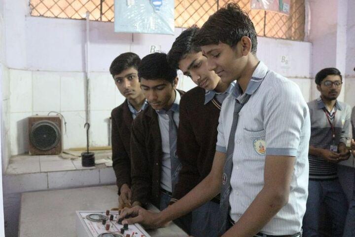 Maharishi Gautam Senior Secondary School-Electronics-Lab