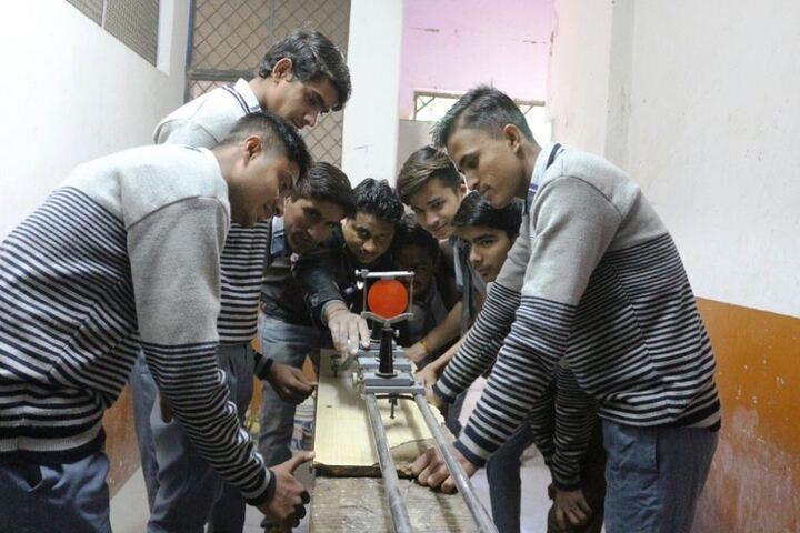 Maharishi Gautam Senior Secondary School-Physics-Lab
