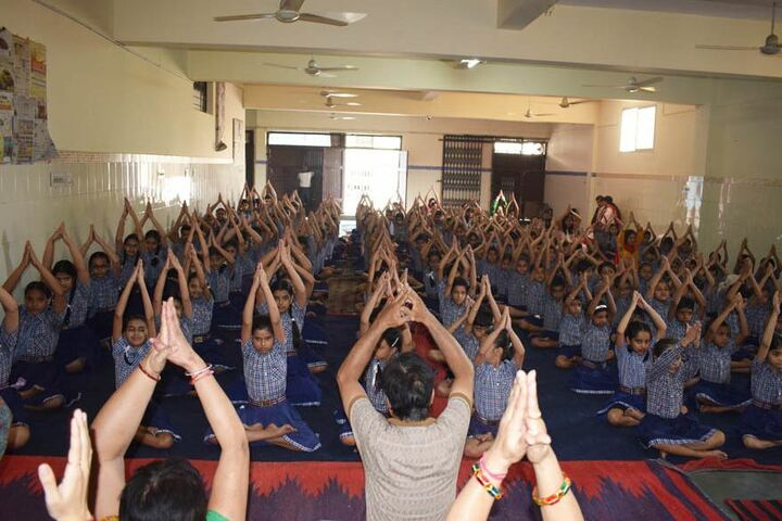 Bakhshis Springdales Upper Primary School-Yoga