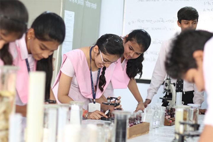 Mayank Senior Secondary School-Laboratory
