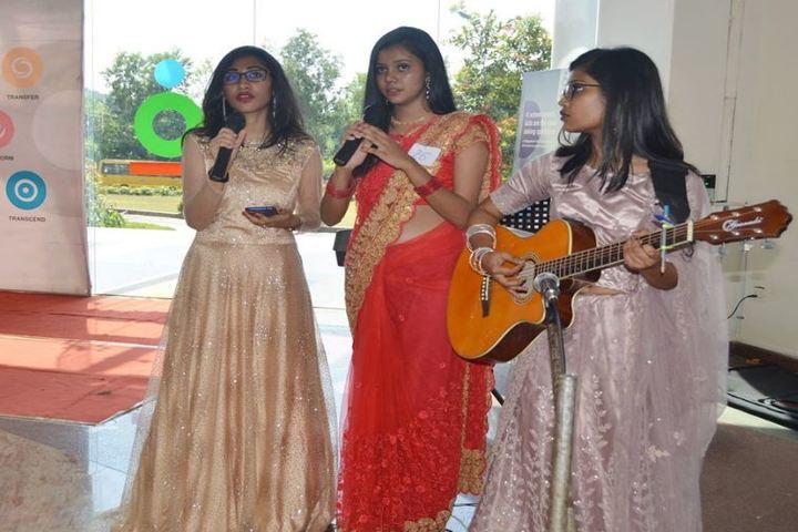 Pana PU College-Singing Music