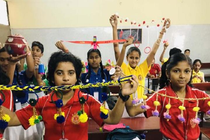 Vashisth Vatsalya Public School-Arts And Craft