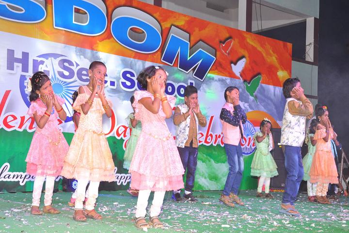 Wisdom Matriculation Higher Secondary School-Kids Dance